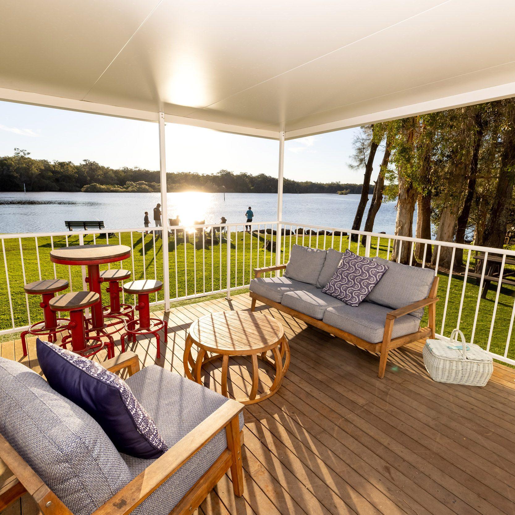 3 Bedroom Luxury River View Villa - Veranda